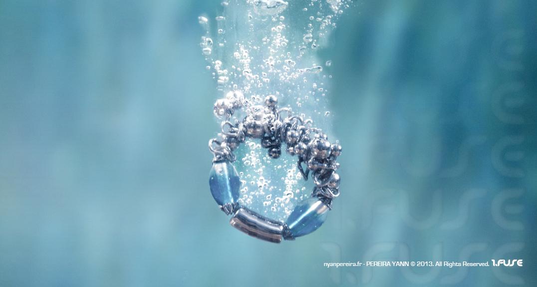 Photographe Objet VAR / photographie Bijoux piscine.eau.fond.marin.(2)