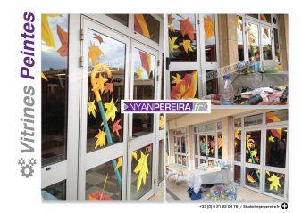 automne-decoration-vitrine-peinture-artiste-parapluie-vent-artiste-france3