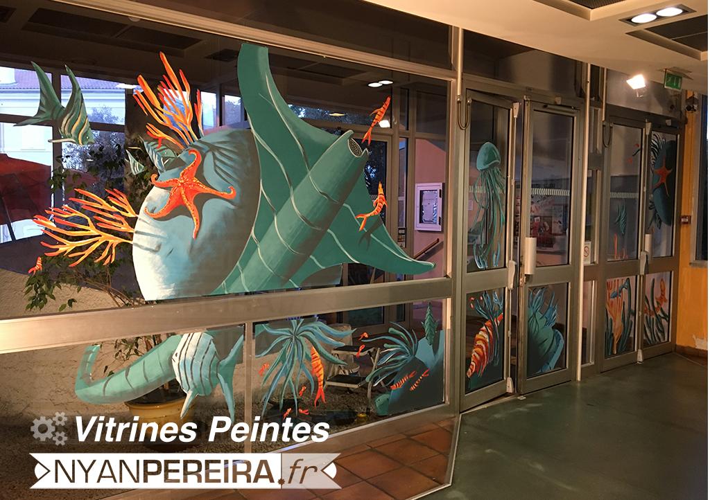 Vitrine.decoration.sousmarin.poisson.ocean.peinture